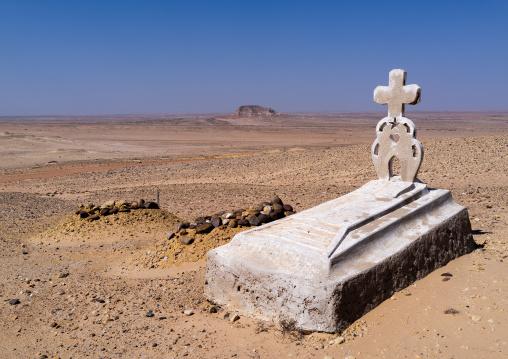 Christian tomb in the desert, Cunene Province, Curoca, Angola