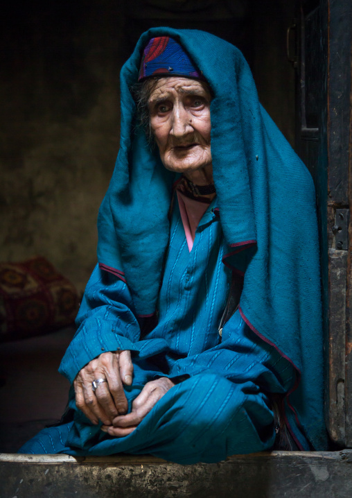 Portrait of an old afghan woman, Badakhshan province, Qazi deh, Afghanistan