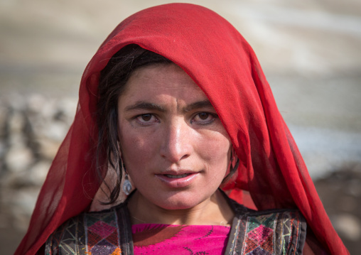 Portrait of a wakhi nomad woman, Big pamir, Wakhan, Afghanistan