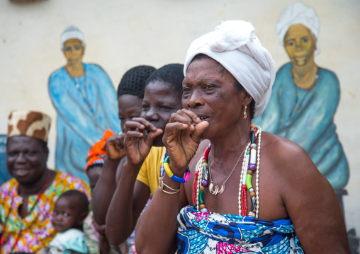 Benin, West Africa, Savalou, priestesses from the voodoo covent of the royal palace singing