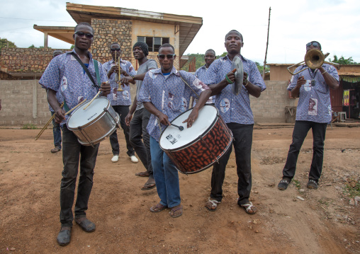 Benin, West Africa, Savalou, orchestra playing in the street