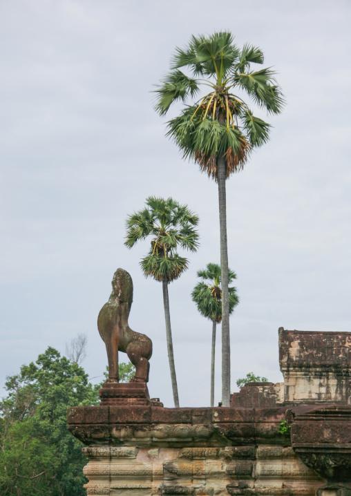 Statue in Angkor wat, Siem Reap Province, Angkor, Cambodia