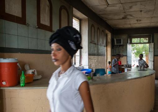 Waitress in a bar, Semien-Keih-Bahri, Keren, Eritrea