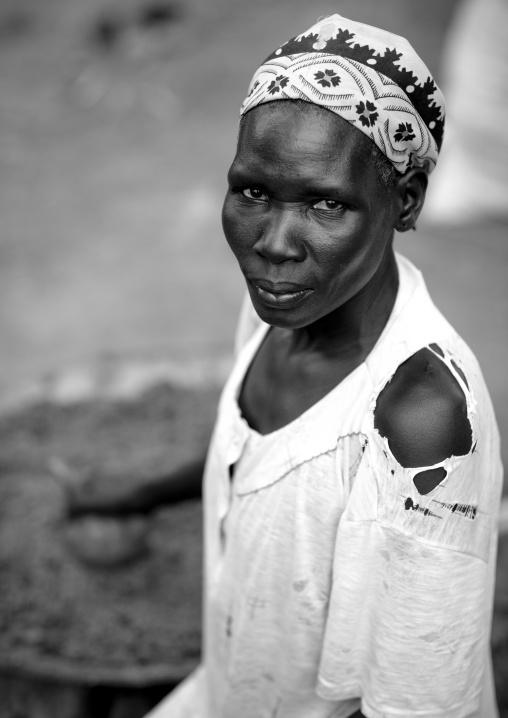Miss atur, Anuak tribe, Dima village, Gambella province, Ethiopia