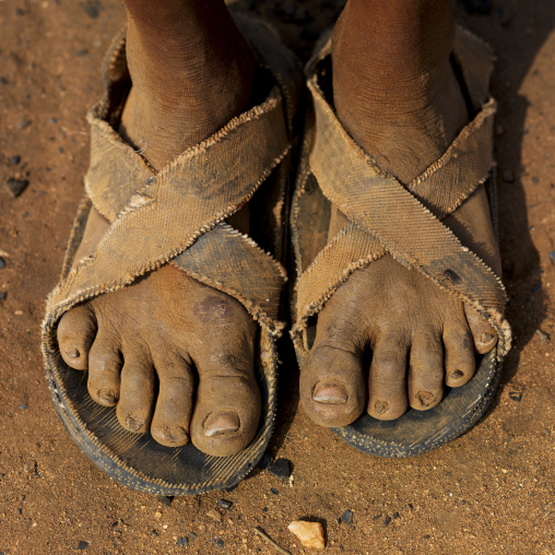 Hamer Feet Geared With Flip Flop Shoes In Rusty Clay Omo Valley Ethiopia