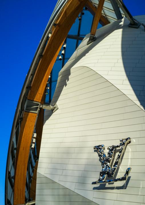 Detail Of Glass Sails Of The Louis Vuitton Foundation Museum Built By Frank Gehry, Bois De Boulogne, Paris, France