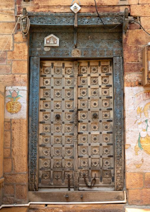 Old haveli door, Rajasthan, Jaisalmer, India
