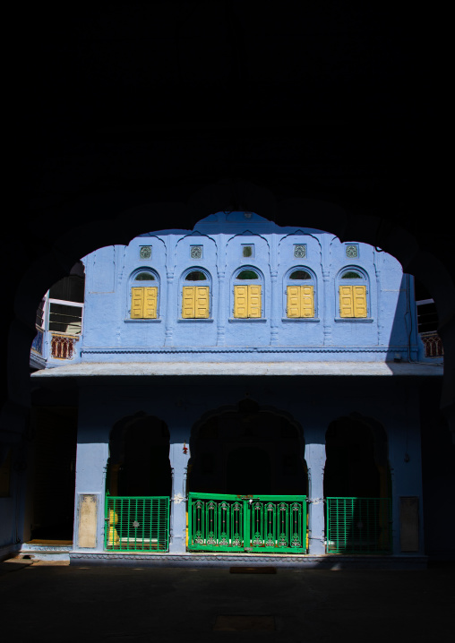 Old blue house of a brahmin, Rajasthan, Jaipur, India