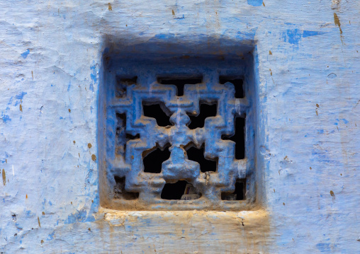 Ventilation over a door of an old blue house of a brahmin, Rajasthan, Bundi, India