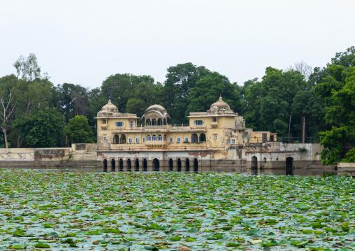 Jait sagar lake, Rajasthan, Bundi, India