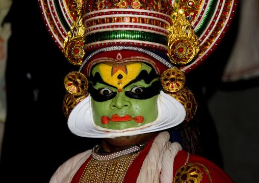 Kathakali Dancers In Fort Kochin, India