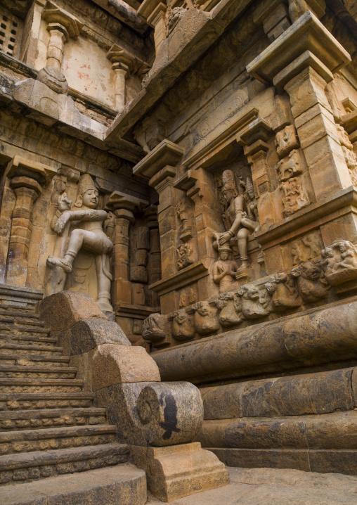 Rock Cut Carvings And A Carved Staircase At The Entrance Of The Brihadishwara Temple, Gangaikondacholapuram, India