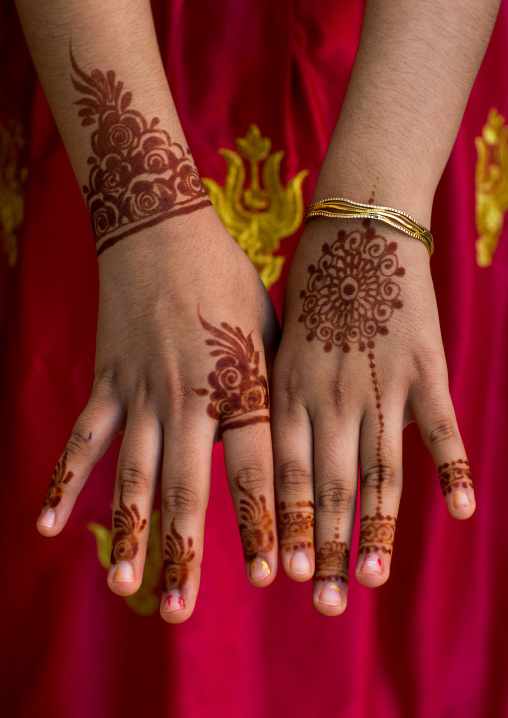 Henna tattooed hands during a wedding ceremony, Hormozgan, Bandar-e kong, Iran