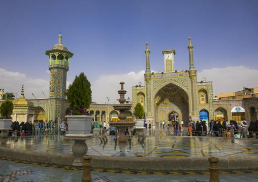Pilgrims at the shrine of fatima al-masumeh, Qom province, Qom, Iran