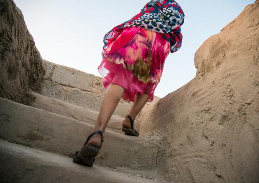 Girl climbing stairs, Hormozgan, Kushkenar, Iran