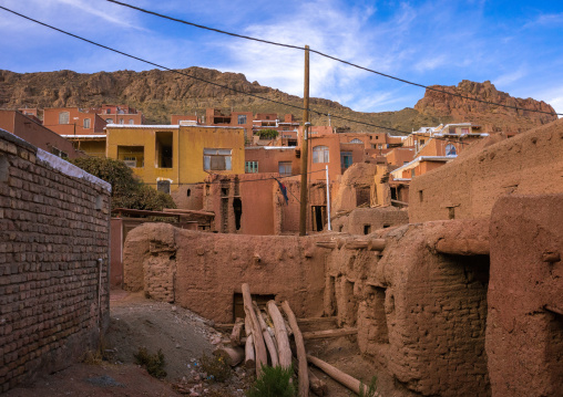 Ancient And Abandonned Buildings In Zoroastrian Village, Isfahan Province, Abyaneh, Iran