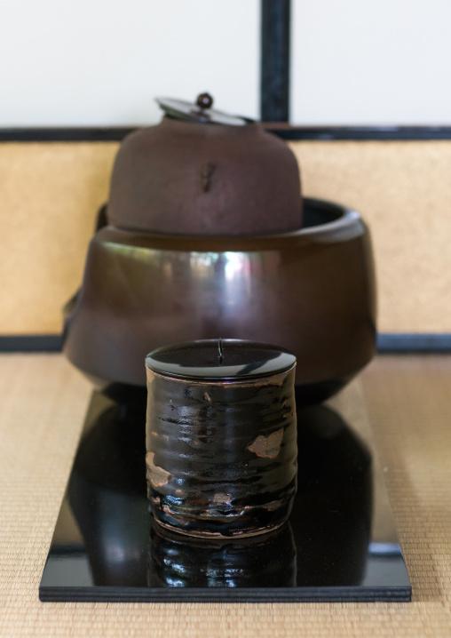 Tea ceremony in daitoku-ji, Kansai region, Kyoto, Japan