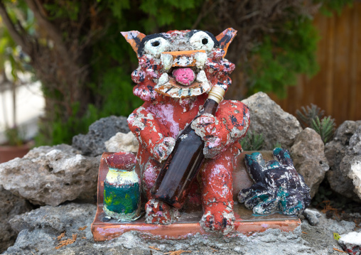 Shisa lion statue to protect the house from the bad spirits, Yaeyama Islands, Taketomi island, Japan
