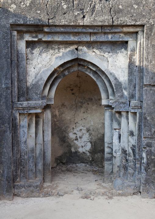 Takwa ruins of the qibla,  Mosque, Manda island, Lamu, Kenya