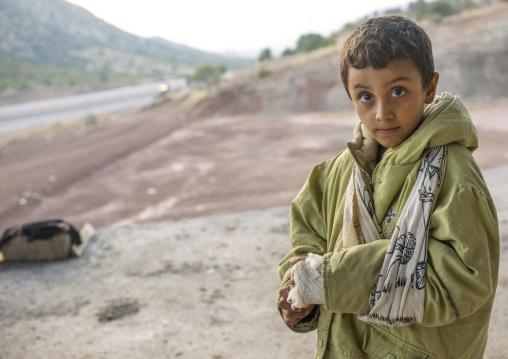 Wounded Yezedi Refugee Child Displaced From Sinjar, Duhok, Kurdistan, Iraq