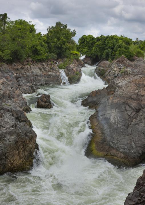 Li phi waterfall, Don khong island, Laos