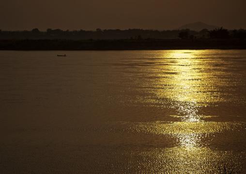 Sunset over mekong river, Savannakhet, Laos