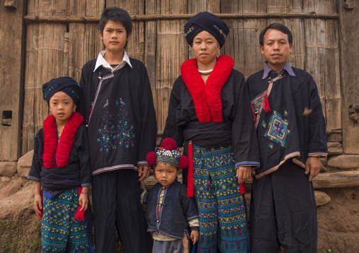 Yao minority family, Ban xay leck, Laos