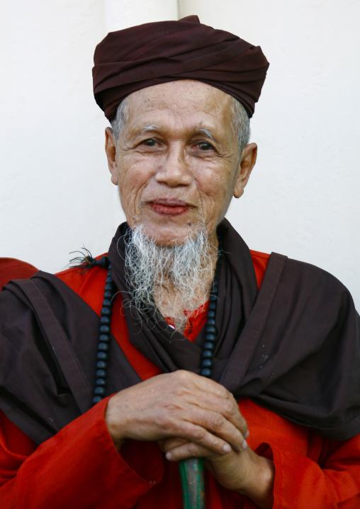 Monk in rangoon, Myanmar