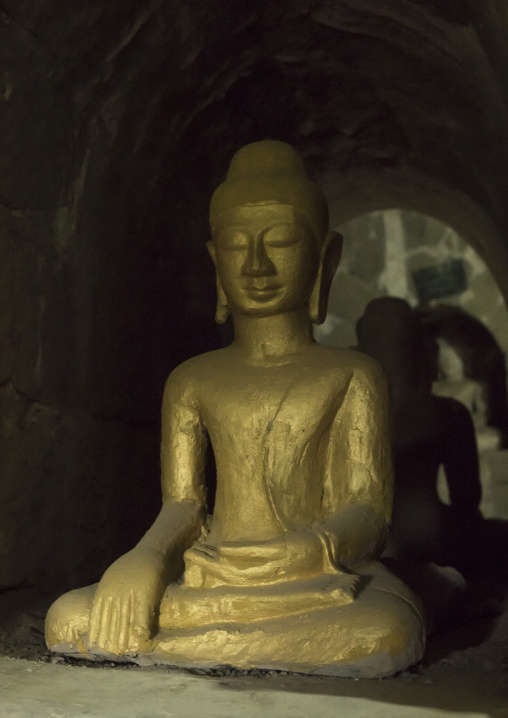 Golden buddha in htuk kant thein temple, Mrauk u, Myanmar