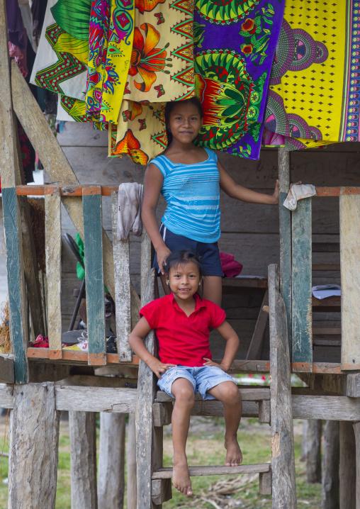 Panama, Darien Province, Puerta Lara, Wounaan Tribe Children Dressed In Western Clothes