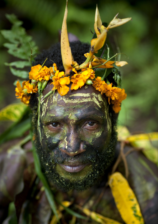 Portrait of a traditional witch doctor in the jungle, New Ireland Province, Kavieng, Papua New Guinea