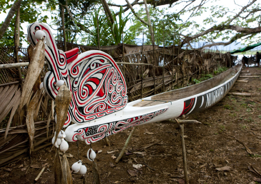 Traditional canoe with carved and painted decorations, Milne Bay Province, Alotau, Papua New Guinea