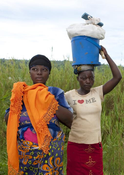 Rwandan women, Lake Kivu, Nkombo, Rwanda