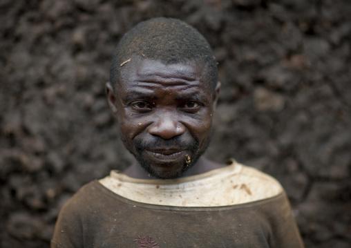 Mister modongo, Batwa tribe man in cyamudongo village  - rwanda