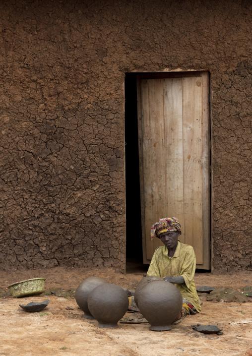 Batwa pottery tribe in cyamudongo village  - rwanda