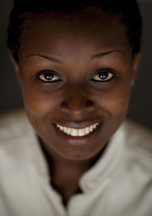 Smiling girl - rwanda