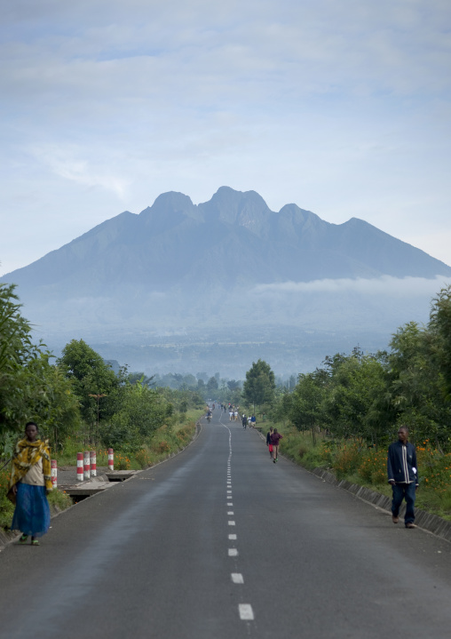 Road in sabyanyo - rwanda