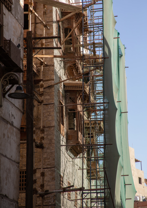 Old house with wooden mashrabiya under renovation in al-Balad quarter, Mecca province, Jeddah, Saudi Arabia