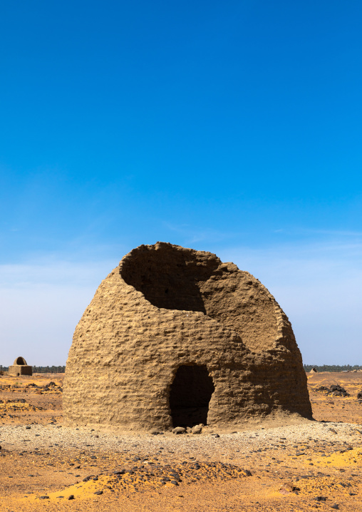 Broken beehive tomb, Nubia, Old Dongola, Sudan