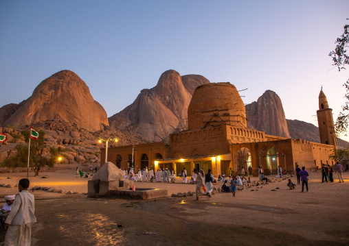 Khatmiyah mosque and the tomb of Hassan al Mirghani at the base of the Taka mountains, Kassala State, Kassala, Sudan