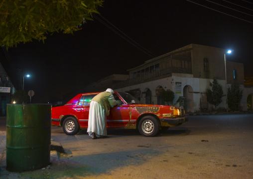 Sudan, Red Sea State, Port Sudan, car in the street
