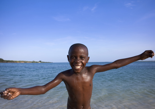 Kid in kilwa masoko, Tanzania