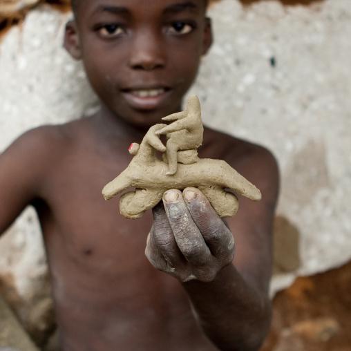 Mikindani boy, Tanzania