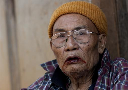 Ban nam rin village, Lisu tribe old man, Thailand