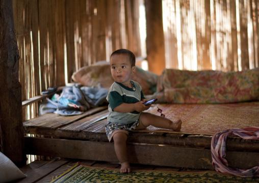 Ban nam rin village, Lisu tribe kid, Thailand