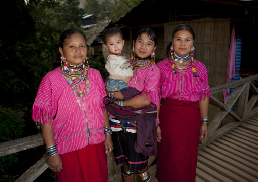 Kor yor tribe women, North thailand