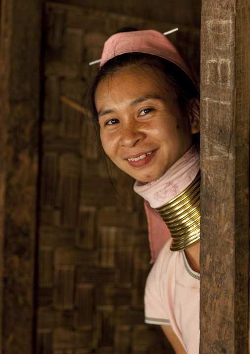 Long neck woman in nam peang din village, North thailand