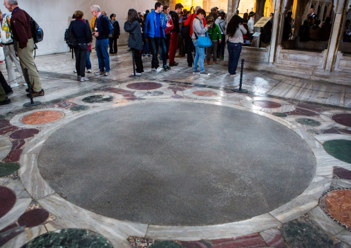 Omphalion the place where byzantine emperors have been coronated in Hagia Sophia, Sultanahmet, istanbul, Turkey