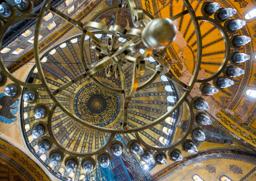 Chandelier and ceiling of Hagia Sophia, Sultanahmet, istanbul, Turkey