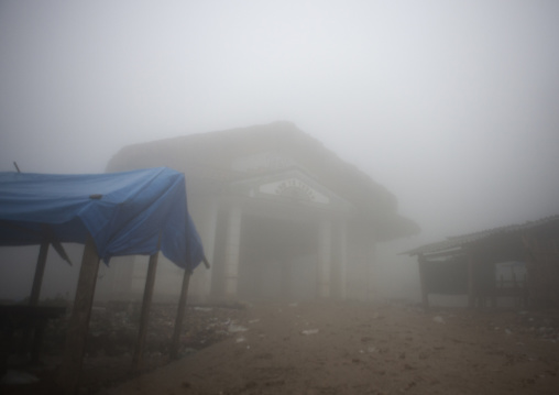 The village of sapa in the fog, Vietnam